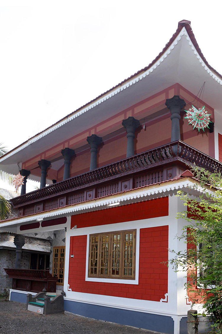 1200 square feet kerala traditional home design for 16