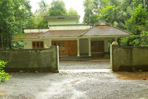 1850 Square Feet 3BHK Kerala Home Design At Angamaly (1)