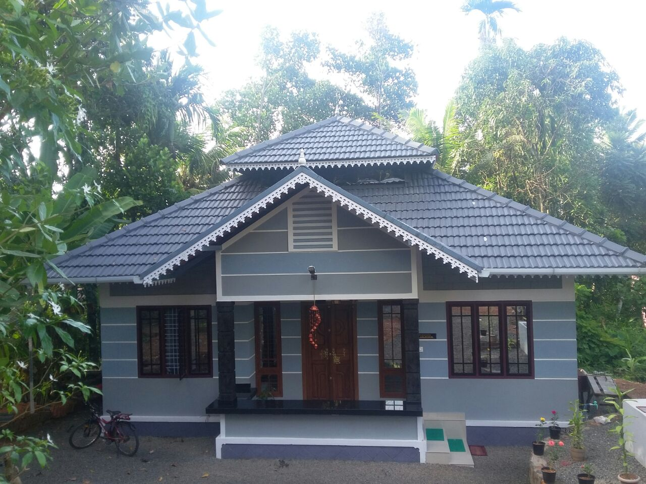 Kerala Home Design 700 Sq Ft Part - 38: 700 Square Feet 3BHK Kerala Home For 9 Lacks (1)
