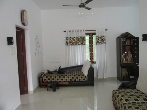 2000 sq.ft 3BHK House 6 percent of the land near Cochin International (1)