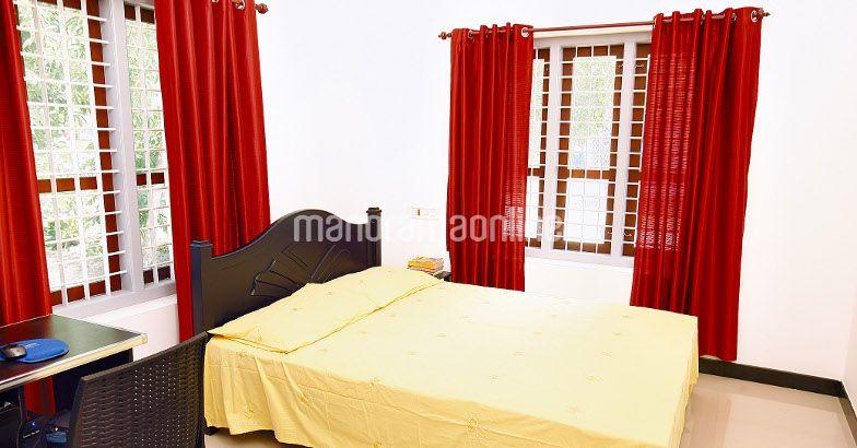 vasthu based designed nalukettu 1900 sqft at ochira (1)