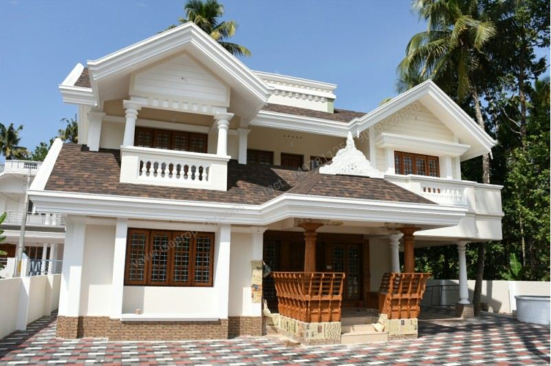 2800 Square Feet 4 Bedroom House In 11 Cents (1)