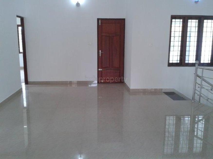 5.75 cent 2500 sqft 5 bed room posh luxury house design (1)