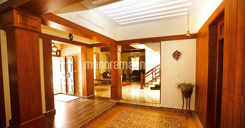 5000 Square Feet NRI Luxury Home Design (1)