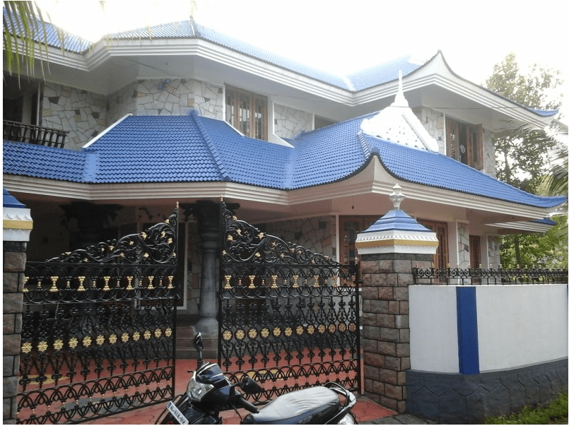 Beautiful 4 bedroom home design in ernakulam 2900 Sq. Ft.