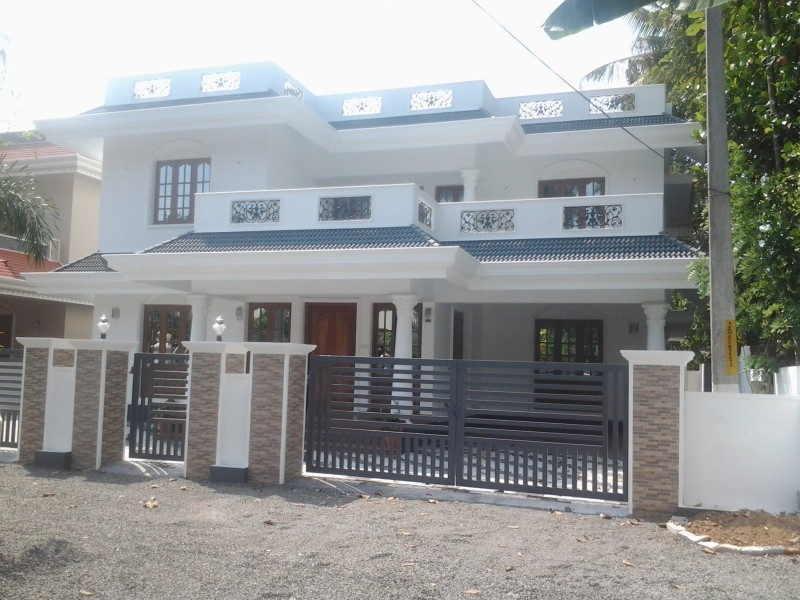 Photo of 2,400 Sq Ft, 4 bedroom kerala home design