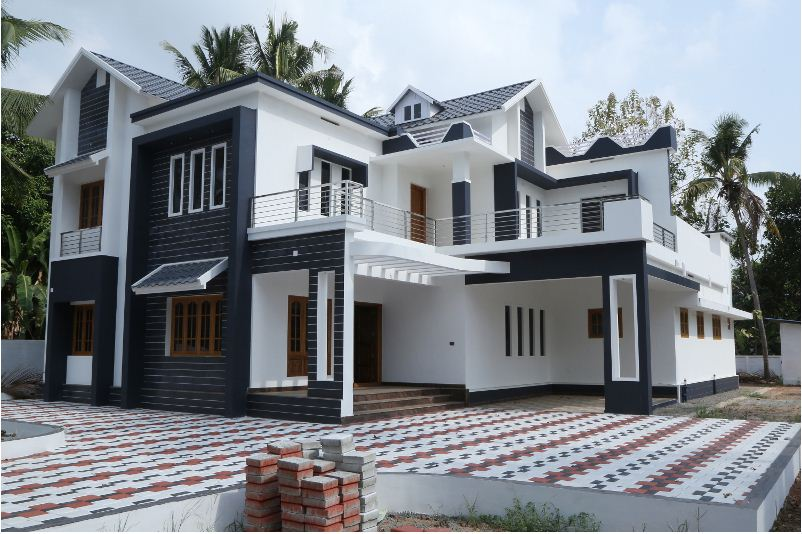 Photo of four bedroom house in the town of Chalakudy