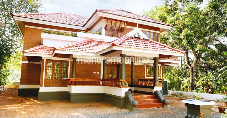 TRADITIONAL AND MODERN HOME IN 1900 SQ FT AT KERALA