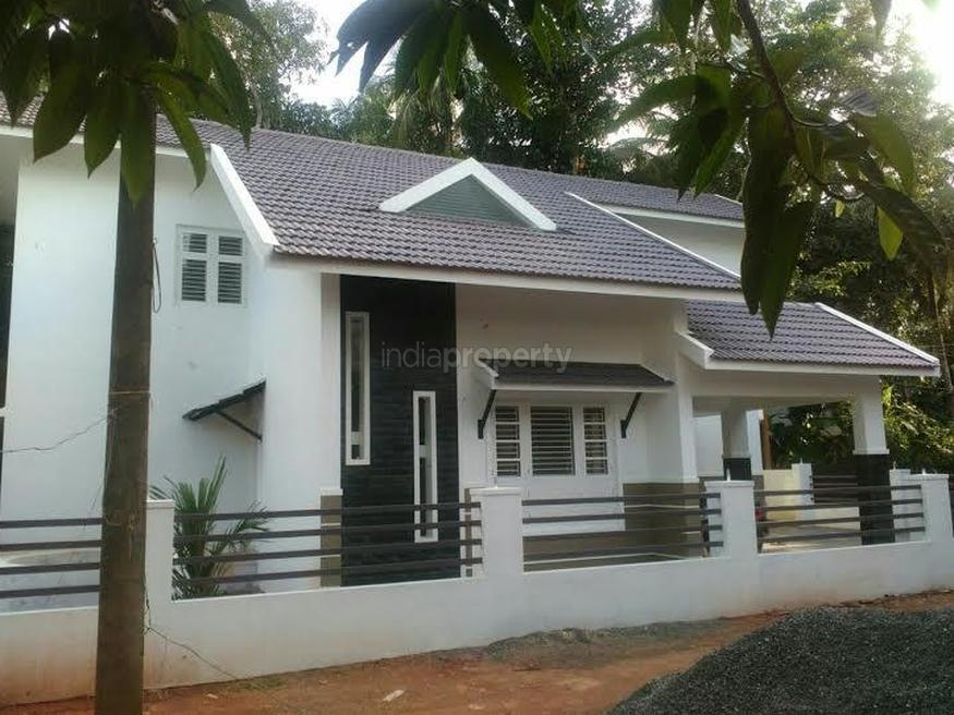 Photo of 1900 Square Feet 3 BHK Home Design In 5 Cent Plot Area