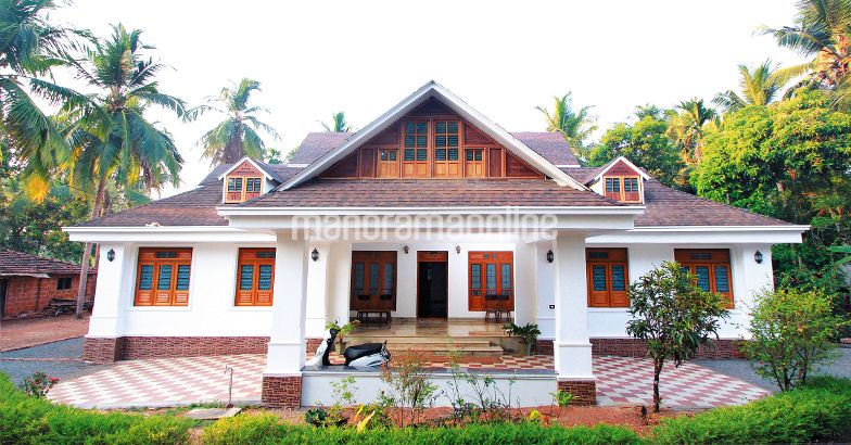 Renovated Hajara Manzil At Kannur 5000 Square Feet