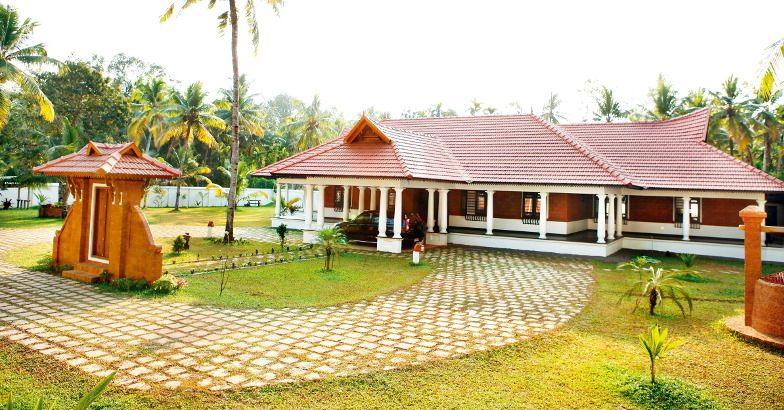 Photo of Kerala Exterior Modern Interior Design Home 5700 Square Feet