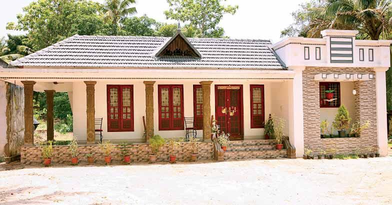 Photo of Renovated House Design At Alappuzha 1700 Square Feet