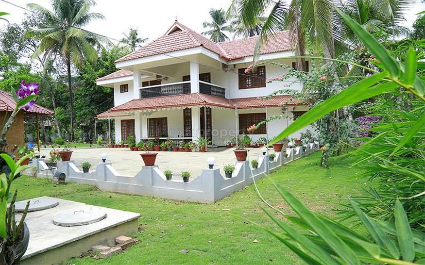 Photo of 5200 Square Feet Furnished 5BHK Home Design