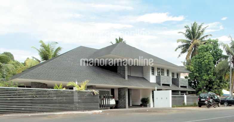 15 To 25 Lac Home Designs Of Kerala Home Pictures