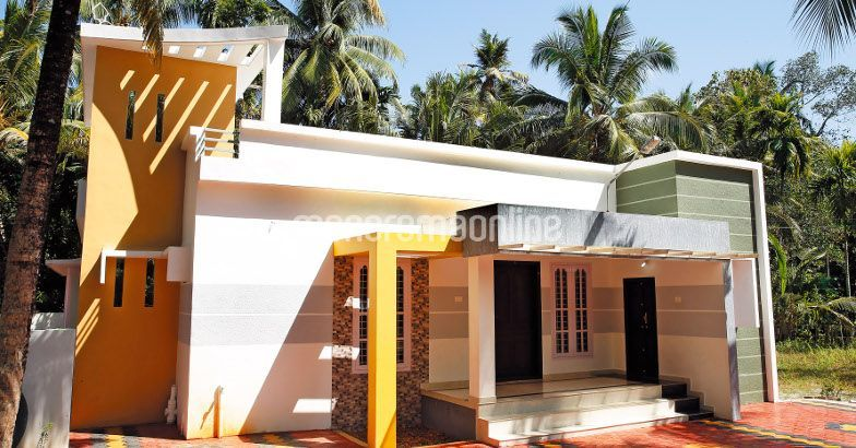 1500 Square Feet 3BHK Kerala Home Design For 19.5 Lac