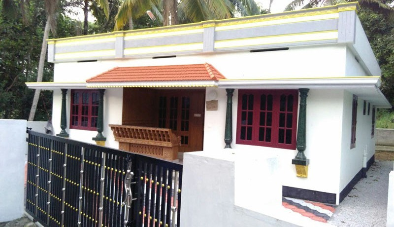 1200 Square Feet 3BHK Kerala Home Design At 6 Cent Plot
