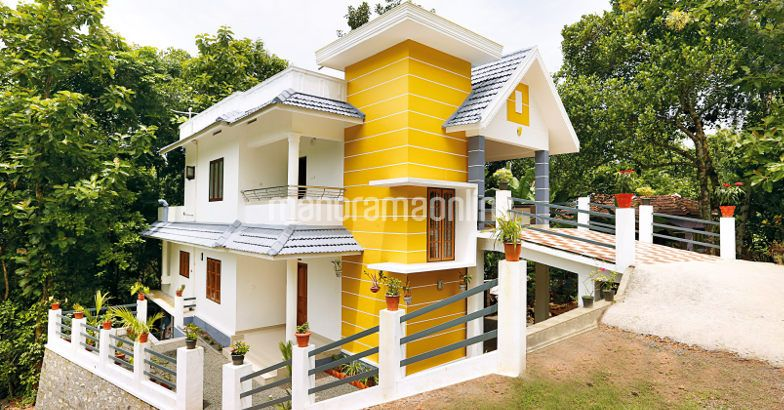 Photo of 1600 Square Feet Modern Kerala Double Floor House Design In 3 Cent Plot