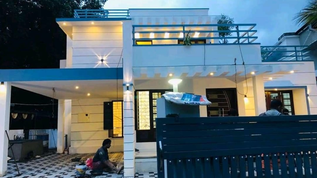 2100 Square Feet 4 Bedroom Contemporary Style Two Floor Home and Plan