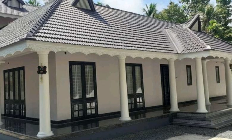 2700 Square Feet 4 Bedroom Traditional Style Double Floor House and Plan
