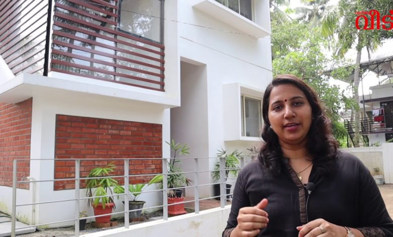 1170 Sq Ft 3BHK Contemporary Style Two Floor House at 3 Cent Plot