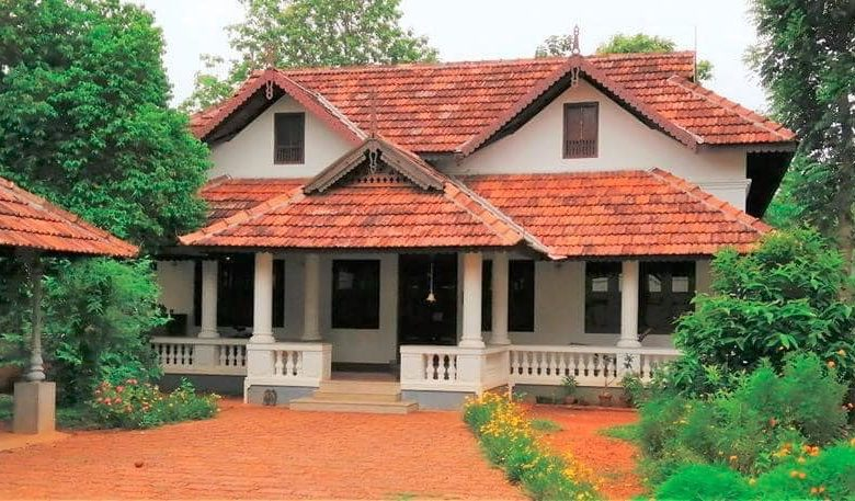 3050 Sq Ft 3BHK Nalukettu Traditional Kerala Style House and Free Plan