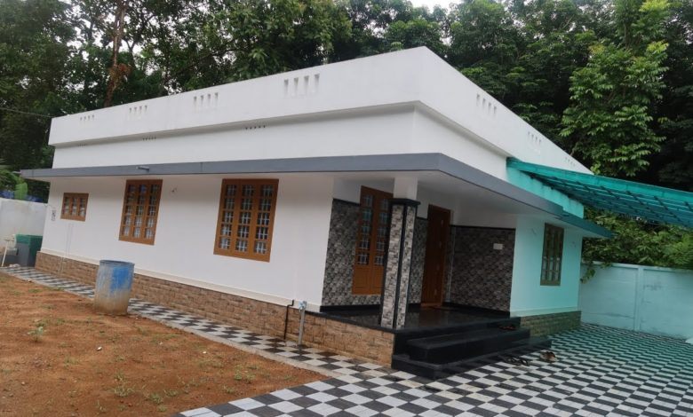 1250 Sq Ft 3BHK Simple and Beautiful Single Floor House at 8 Cent Plot