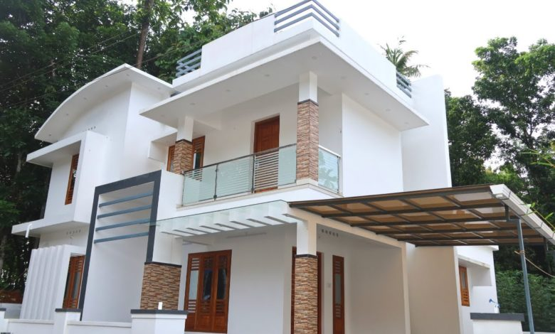 1650 Sq Ft 3BHK Contemporary Style Two Floor House at 5.50 Cent Plot
