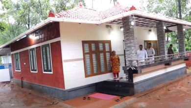 Photo of 1300 Sq Ft 2BHK Kerala Style Low Budget House, 10 Lacks