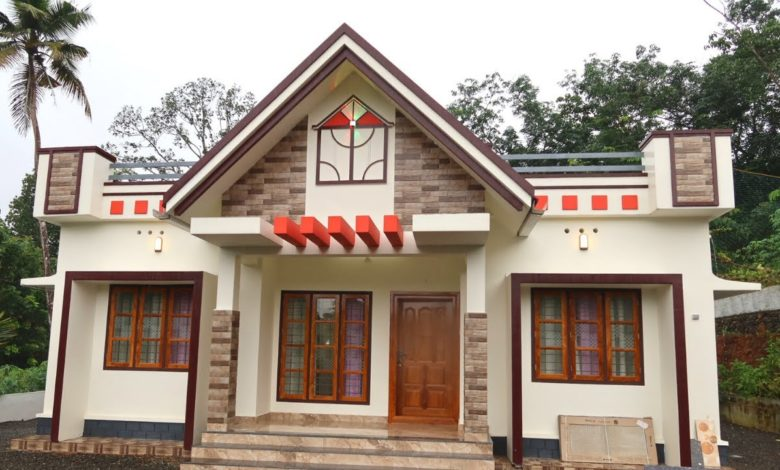 1050 Sq Ft 3BHK Single Floor Beautiful House at 30 Cent Plot