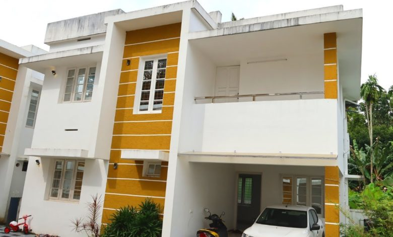 1200 Sq Ft 3BHK Contemporary Flat Roof Modern Two-Storey House at 3.5 Cent Plot