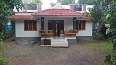 Photo of 1450 Sq Ft 3BHK Traditional Style Single Floor House and Free Plan